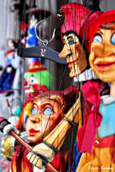 Marionettes, by Edgar Barany on flickr