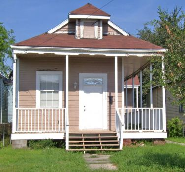 !800's home in South Louisana