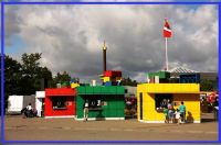 Billund-Legoland-ticket-booths-17649 visitor