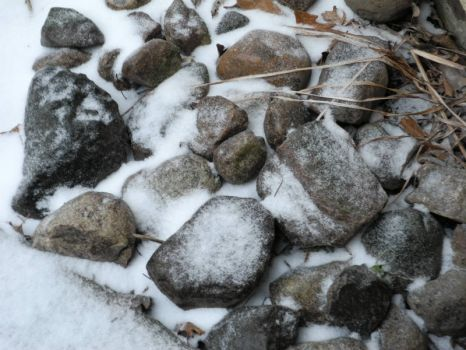 Rocks with snow for chickiemama and laurajane.