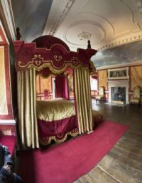 avebury 11-03-2017 Avebury manor bedroom 2 h panorama 02