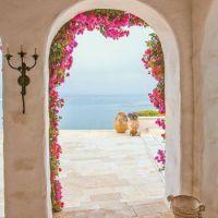 Romantic Malibu beach house