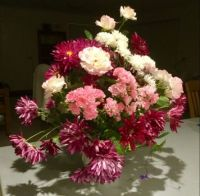Roses and chrysanthemums makes pretty picture