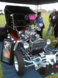 Cars & Crafts Pearland TX.
