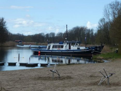 Old tow boat, now in private hands (near the town Brielle)
