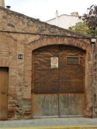 Door 18