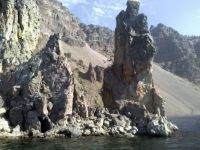 Rock formations on the rim of Crater Lake, OR, USA