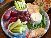 cheese-and-fruit-plate