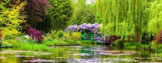 Giverny lake gardens