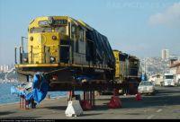 EMD GP49 - Docks