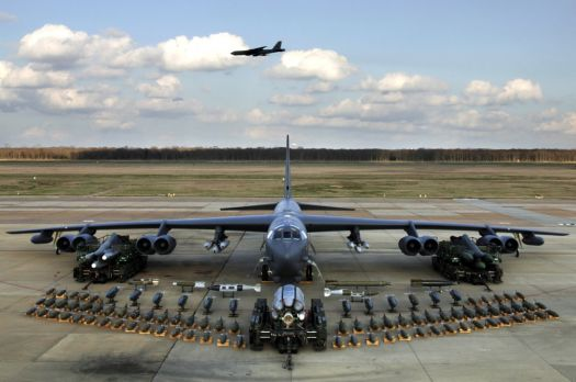 B-52 Load Her Up