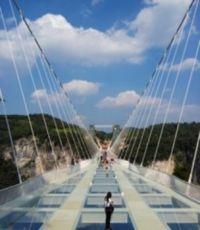 zhangjiajie-glass-bridge[1]
