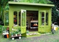Green Craft She-Shed