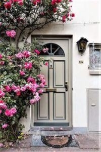 """Door at the building """"An der Mauer 134"""""""
