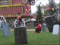 Howl-O-Scream 2011 Clown Graveyard