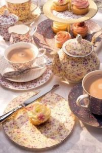 Lavender Tea With Cupcakes