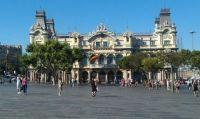 het oude havengebouw van Barcelona