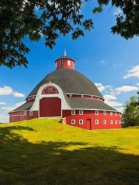 The Manchester Round Barn --