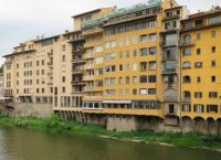 Restaurants on the river Arno, Florence