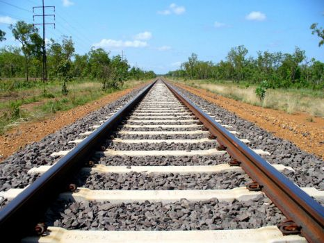 Train track to infinity