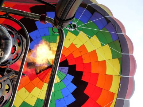 You know what makes a hot air balloon rise? , by yooperann on flickr