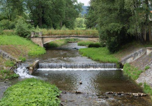 Starý most přes řeku Staříč - Vieux pont sur la rivière Staříč - Old bridge over the river Staříč