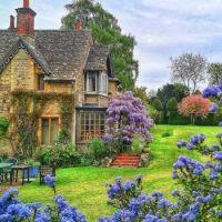 Lismary's Cottage.