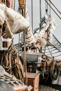 Rigging from unsplash