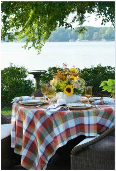 Fall shore dining