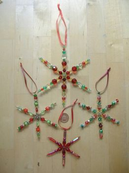 Christmas Tree Decorations - Snowflakes - Reds