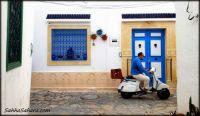 shirts matching doors, Tunisia