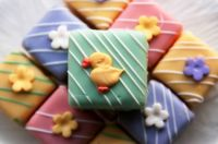 Yellow and green petits fours 2