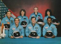 The crew of Space Shuttle STS 51-L 001