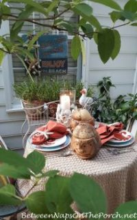 Summer-Dining-on-the-Deck