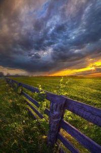 farmland sunset (pic by Phil Koch)