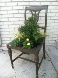 repurpose an old chair