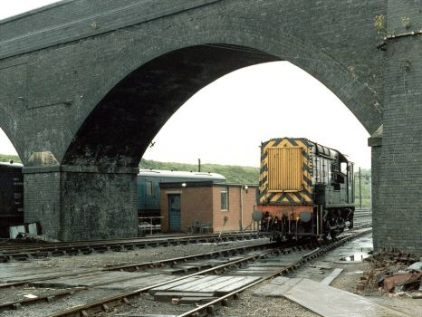 Class 08915 at Red Bank Sidings - 2nd Jun 1987