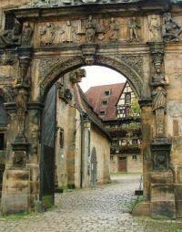 7.30 Bamberg Medieval entrance