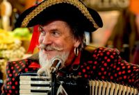 Pirate Barry-- Accordion lovers, listen as you solve