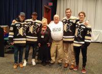 Media Blood Drive with help from the hockey team