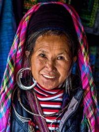 4 ~ 'People around the world' ~ (VIETNAM)