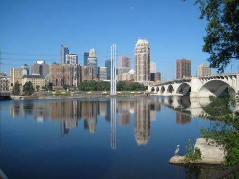 RIVERFRONT MINNEAPOLIS