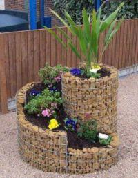 Clever rock garden