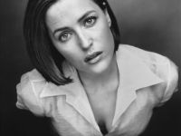 Gillian Anderson being her normal striking self