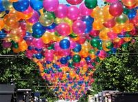 BUNCH OF BALLOONS FOR YOUR NEXT PARTY 2 of 4