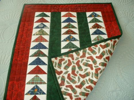 Christmas Flying Geese Quilt