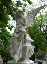Angel in Pere Lachaise cemetery, Paris