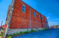 Building in Hopkinsville, Kentucky