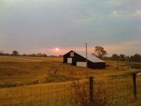 Kentucky-barn-sunset
