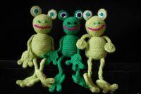 crochet frogs / háčkované žáby